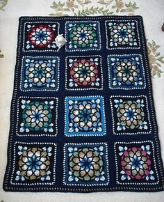Stained glass crochet by Vitchi