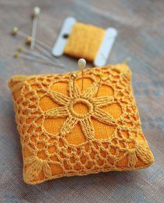 ༺༺༺♥Elles♥Heart♥Loves♥༺༺༺ .............♥Pincushions♥............. #Pincushion #Pin #Cushion #Design #Sewing #Notions #Needle #Handmade #Vintage #Craft #Tutorial #Pattern ~ ♥Linen pincushion crochet motif by namolio on Etsy
