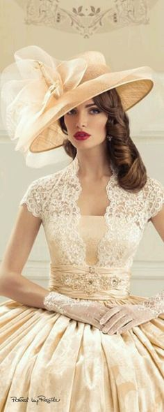 ~Glamour and elegance of the perfect lady. Vintage Outfits, Vintage Dresses, Vintage Fashion, Vintage Hats, 80s Fashion, Vintage Beauty, Fashion Ideas, Fashion Hats, Ladies Fashion