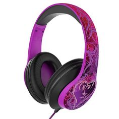 The Disney Descendants Light-Up Headphones will make your little girl feel like the star of her very own music video. Featuring the Descendants logo, the padded ears light up and pulse to the beat of music via a pulsating color change option. Disney Descendants Dolls, Disney Descendants 3, Descendants Costumes, Descendants Cake, Light Up Headphones, Zeina, Disney Princess Pictures, Color Changing Led, Disney Merchandise