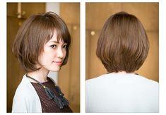 大人のノーブルボブは、自然にまとまるフェミニンニュアンスで美しく | マキアオンライン(MAQUIA ONLINE) Bob Hairstyles, Short Hair Styles, Hair Beauty, Image Title, Haircuts, Bob Styles, Short Hair Cuts, Bob Hairstyle, Short Hairstyles