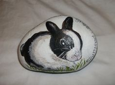 Hand painted bunny on a river rock 5x3 sealed can by Wendysartshop, $25.00