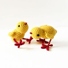 Little Lottie The Chick amigurumi pattern by