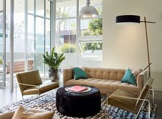 arquiteturadoimóvel: Volta ao mundo de hoje vai à Califórnia em condomínio de lofts: Três apartamentos decorados para o perfil dos futuros moradores.
