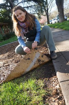 Stacey is removing her lawn using the cardboard sheet mulching method. Read more about how she started her project here.