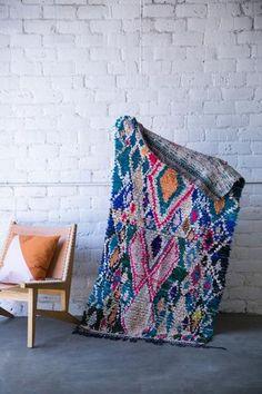 [SOLD] SNOW ANGELS boucherouite vintage moroccan berber carpet