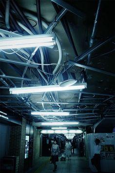 Neon Noir, Sci Fi Environment, Neon Nights, Light And Space, City Aesthetic, Zoom Photo, Urban City, Dark Photography, Night City