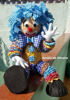 Yo Yo Quilt Tin Can Crafts Plush Pattern Crochet Fabric Sewing Baskets Sewing Dolls Toy Craft Fabric Scraps Fabric Dolls Doll Crafts, Diy Doll, Fun Crafts, Sewing Crafts, Sewing Projects, Sock Dolls, Doll Toys, Handmade Toys, Handmade Crafts