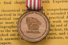 Baker Ross Wooden Medals Kids to Decorate Pack of 8