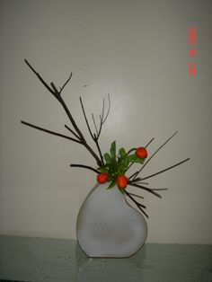 IKEBANA - japanese art of flower arrangement