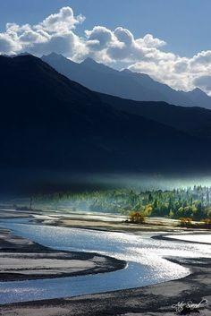 Indus River, Khaplu, Pakistan. | Stunning Places