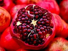 Antiossidanti naturali: 10 cibi contro radicali liberi e invecchiamento http://www.greenme.it/mangiare/alimentazione-a-salute/10858-antiossidanti-naturali-cibi-radicali-liberi