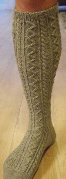 Cardigans & Strickjacken - Auf Bestellung - Handgestrickte Trachtenstrümpfe - ein Designerstück von Birgit-Gampl bei DaWanda