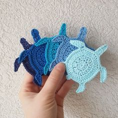 Sea Turtle crochet tags, bulk of sea animals crochet charms, set of 10 multiples appliques, beach theme favors tags embellishments ornaments Sea Turtle Crochet Tags Großteil der Meerestiere häkeln Rei Appliques Au Crochet, Crochet Motifs, Hand Crochet, Crochet Baby, Beach Crochet, Crochet Crafts, Crochet Projects, Craft Projects, Knitting Patterns
