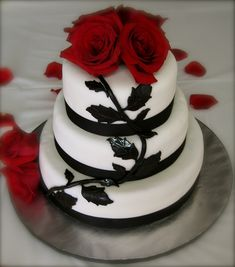 Red Rose Cake