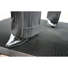 Model FT-0001 #Fingertip #Mat Traps dirt and debris protecting internal floors Bevelled edges to help protect trips Offers slip resistance in both directions Easy to clean - shake out or hose down Ideal for all weather conditions Colour: black See more at: http://shop.hsil.co.uk/p-3555-fingertip-mat.aspx#sthash.2S2DPthB.dpuf