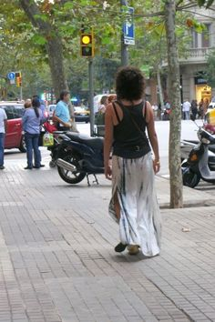 The beautiful walking the streets of Barcelona