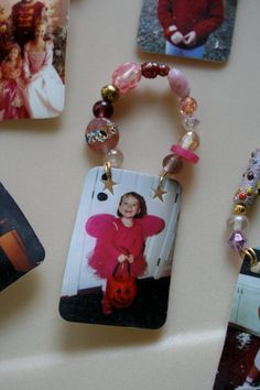 #9 – Shrinky Dink Photo Magnets While these were originally Christmas ornaments, these can easily be made into fun and funky refrigerator magnets to hang on grandma and grandpa's fridge! A sweet and sentimental gift from the heart! Source: Pink and Green Mama