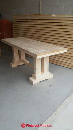 Table made from scaffolding wood. Table made from scaffolding wood. Wood Pallet Furniture, Woodworking Furniture, Furniture Projects, Rustic Furniture, Wood Projects, Diy Furniture, Woodworking Shop, Woodworking Plans, Woodworking Projects