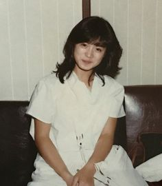 80s Fashion, Daily Fashion, Womens Fashion, Street Style Magazine, Aesthetic Japan, Dark Photography, Retro Hairstyles, Japan Girl, Vintage Girls