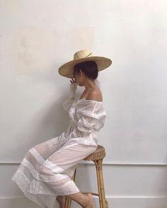 Vintage feminine style / Adored Vintage