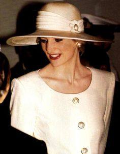 1990 - One year before Andrew Morton's book. Such an elegant and beautiful Lady Di