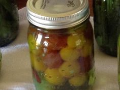2 pints Dilly Tomatoes - Ball® Canning and Preserving Recipes Preserving Tomatoes, Canning Tomatoes, Preserving Food, Pickled Tomatoes, Home Canning, Canning Jars, Canning Recipes, Simple Cheese Platter, Yellow Mustard Seeds