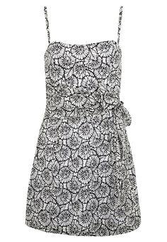 Vestido Shop 126 de R$219 por R$145,53