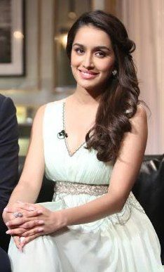 Bollywood Actress - Shraddha Kapoor - Best Dressed - Koffee with Karan 3.jpg (234×387)