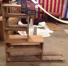 Pallet shoe rack for spiral staircase.