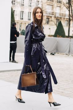 Trending For Fall The Perfect Patent Street Style Chic, Autumn Street Style, Cool Street Fashion, Fall Outfits, Fashion Outfits, Womens Fashion, Lookbook, Mode Style, Shoes
