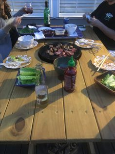 Korean Bbq Grill, Grill Table, Diy Grill, Grills, Kids Meals, Barbecue, Table Settings, Backyard, Asian