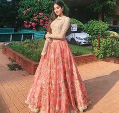 Jhanvi Kapoor in lovely dress