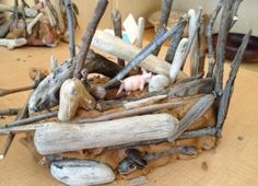 3 little pigs house building Brown playdough, sticks, straw, stones. Rhyming Activities, Animal Activities, Play Based Learning, Kids Learning, Fairy Houses Kids, Fairy Dust Teaching, Traditional Tales, Three Little Pigs, Toddler Preschool