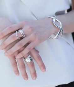 Ring | ブランイリス オンラインストア Hands With Rings, Silver Jewelry, Silver Rings, Jewelry Accessories, Jewelry Design, Bangles, Bracelets, Metal Clay, Metal Working