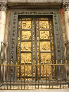 Porte del Paradiso, Battistero di San Giovanni, Firenze, Italia created by Lorenzo Ghiberti and named The Gates of Paradise by Michaelangelo. The current doors are replicas, positioned in 1990 to protect the originals after 5 centuries of exposure. Lorenzo Ghiberti, Florence Art, Florence Italy, Italian Renaissance, Renaissance Art, Florence Baptistery, Cain Y Abel, Toscana Italia, Art Antique