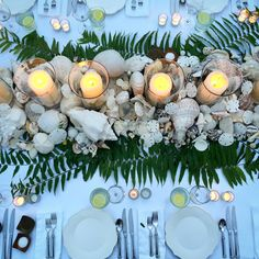 Seashells decorate the dinner table. (Photo: India Hicks)