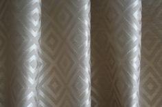 Ezüst rombuszmintás dekor - Lakberendezési webáruház – Otthonelegancia
