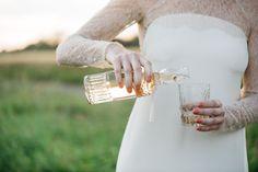 A KISS OF PEACH, drinks, bride - Hellbunt Events Peach Drinks, Bunt, Kiss, Events, Bride, Wedding, Wedding Bride, Valentines Day Weddings, Bridal