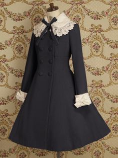 Mary Magdalene Double-brested coat with contrast cuffs and collar with bow and lace