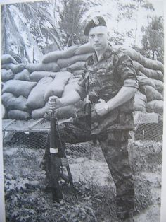 Green Berets Captain Larry Thorne (aka Lauri Törni) in Vietnam