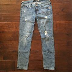 Express Boyfriend jeans Worn once!! Express size 2 ripped boyfriend jeans Express Jeans Boyfriend
