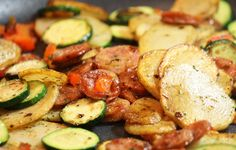Easy Skillet Meal: Sausage Potato Zucchini Peppers {Low FODMAP, Gluten Free} - With Our Best