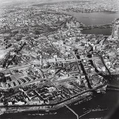 Aerial: Hamburg from above fifty years ago Aerial Photography, Amazing Photography, Lower Saxony, Hamburg Germany, Another World, Vintage Pictures, City Photo, Beautiful Places, The Past
