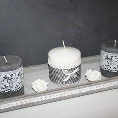 Plateau bougies shabby gris et blanc dentelle petites roses
