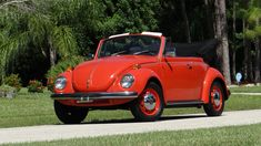 1971 Volkswagen Super Beetle Convertible presented as Lot at Kissimmee, FL Vintage Cars, Antique Cars, Pontiac Catalina, Beetle Convertible, Chrysler Imperial, Volkswagen, Classic Cars, Auction, Trucks