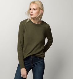 ROUND NECK SWEATER WITH BUTTONS - Business selection - Knitwear - WOMEN - United States - Massimo Dutti