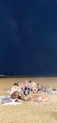 Astro Wallpaper, Astro Boy, Location History, Boy Bands, Korea, Kpop, Beautiful People, Room Ideas, Backgrounds