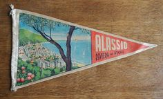 Check out this item in my Etsy shop https://www.etsy.com/uk/listing/544376303/italian-travel-pennant-vintage-souvenir