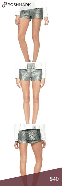 True Religion Sequin women's shorts Elevate your active wear with the sequin runner short. Features allover sequin detailing.  ?  Women's active shortDrawstring closureBanded waist True Religion Shorts